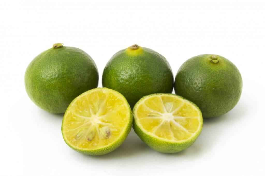 シークワーサーはクエン酸やノビレチンなど健康にうれしい栄養素がたくさん