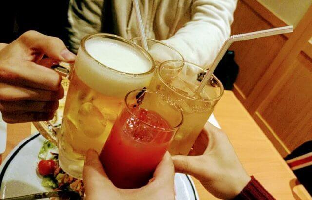 \ 忘年会・新年会 / アルコールと活性酸素の関係性